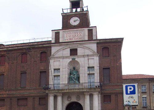 Hotel alberghi zona università cattolica milano vicino presso